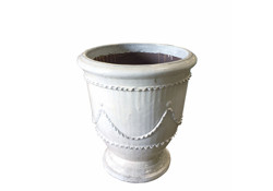 Picture of Medium French Urn w/ Garland